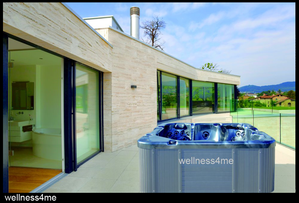 outdoor jacuzzi whirlpool mit tv mp3 player beleuchtung. Black Bedroom Furniture Sets. Home Design Ideas