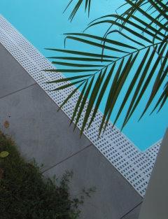 Schwimmbad 7x3 m kunststoff berlaufrinne schwimmbecken ebay for Schwimmbad becken